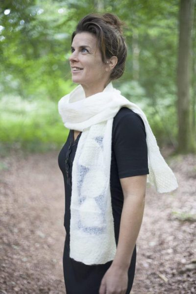 Craft Scarf Jula White