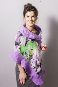 Handmade Poncho / Scarf Sofia Blade of Grass and Violet